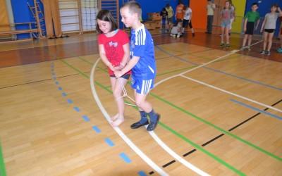 Športne igre z učenci OŠ Cvetka Golarja